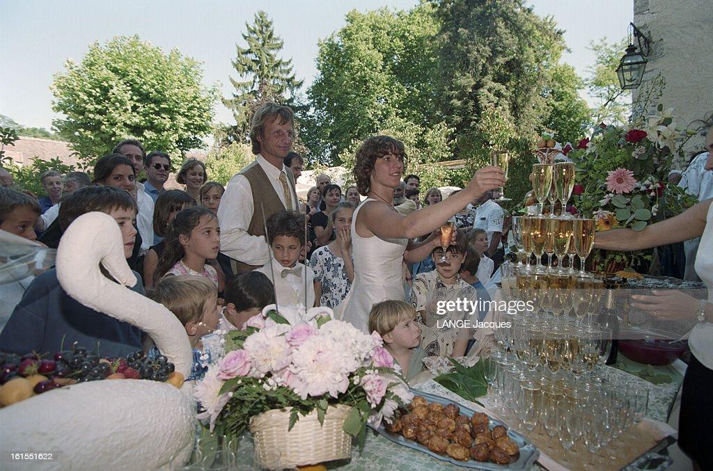 Catherine destivelle marries erik decamp in fontenay sur for Meubles 9 fontenay sur loing