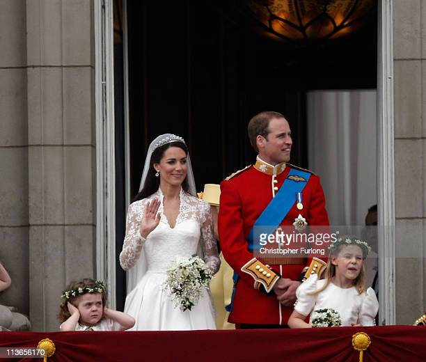 Catherine Duchess of Cambridge and Prince William Duke of Cambridge appear on the balcony at Buckingham Palace on April 29 2011 in London England The...