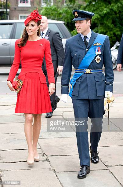 Catherine Duchess of Cambridge and Prince William Duke of Cambridge prepare to board the royal barge 'Spirit of Chartwell' during the Thames Diamond...