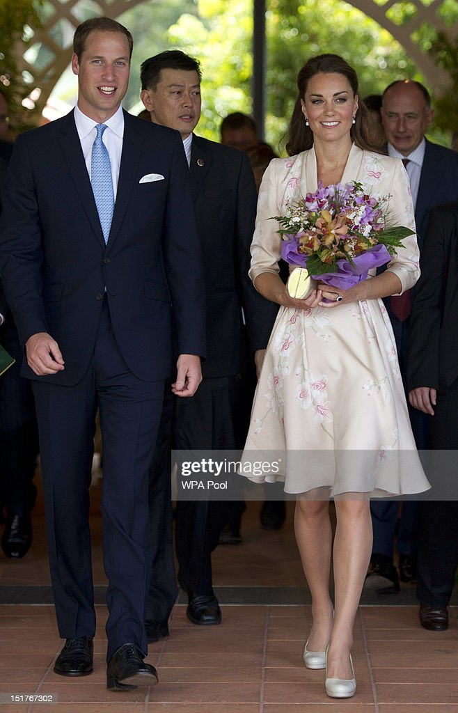 <a gi-track='captionPersonalityLinkClicked' href=/galleries/search?phrase=Catherine+-+Duchess+of+Cambridge&family=editorial&specificpeople=542588 ng-click='$event.stopPropagation()'>Catherine</a>, Duchess of Cambridge and <a gi-track='captionPersonalityLinkClicked' href=/galleries/search?phrase=Prince+William&family=editorial&specificpeople=178205 ng-click='$event.stopPropagation()'>Prince William</a>, Duke of Cambridge during their visit to Singapore Botanical Gardens on day 1 of their Diamond Jubilee tour on September 11, 2012 in Singapore. <a gi-track='captionPersonalityLinkClicked' href=/galleries/search?phrase=Prince+William&family=editorial&specificpeople=178205 ng-click='$event.stopPropagation()'>Prince William</a>, Duke of Cambridge and <a gi-track='captionPersonalityLinkClicked' href=/galleries/search?phrase=Catherine+-+Duchess+of+Cambridge&family=editorial&specificpeople=542588 ng-click='$event.stopPropagation()'>Catherine</a>, Duchess of Cambridge are on a Diamond Jubilee Tour of the Far East taking in Singapore, Malaysia, the Solomon Islands and the tiny Pacific Island of Tuvalu.
