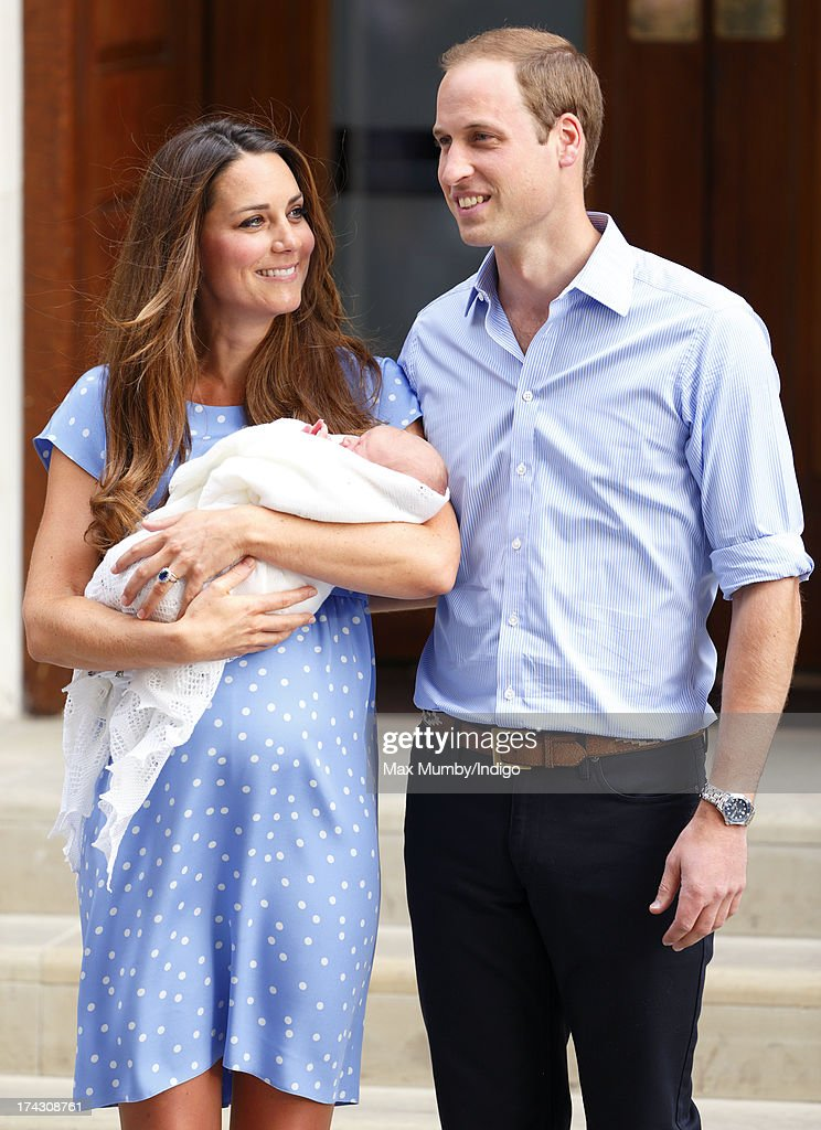 Catherine, Duchess of Cambridge and Prince William, Duke of Cambridge leave The Lindo Wing with their newborn son at St Mary's Hospital on July 23, 2013 in London, England. The Duchess of Cambridge yesterday gave birth to a boy at 16.24 BST and weighing 8lb 6oz, with Prince William at her side. The baby, as yet unnamed, is third in line to the throne and becomes the Prince of Cambridge.