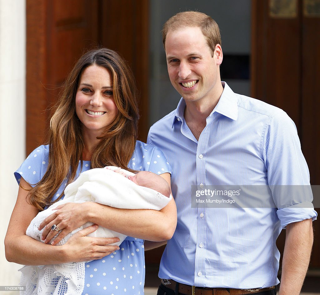 <a gi-track='captionPersonalityLinkClicked' href=/galleries/search?phrase=Catherine+-+Duchess+of+Cambridge&family=editorial&specificpeople=542588 ng-click='$event.stopPropagation()'>Catherine</a>, Duchess of Cambridge and <a gi-track='captionPersonalityLinkClicked' href=/galleries/search?phrase=Prince+William&family=editorial&specificpeople=178205 ng-click='$event.stopPropagation()'>Prince William</a>, Duke of Cambridge leave The Lindo Wing with their newborn son at St Mary's Hospital on July 23, 2013 in London, England. The Duchess of Cambridge yesterday gave birth to a boy at 16.24 BST and weighing 8lb 6oz, with <a gi-track='captionPersonalityLinkClicked' href=/galleries/search?phrase=Prince+William&family=editorial&specificpeople=178205 ng-click='$event.stopPropagation()'>Prince William</a> at her side. The baby, as yet unnamed, is third in line to the throne and becomes the Prince of Cambridge.