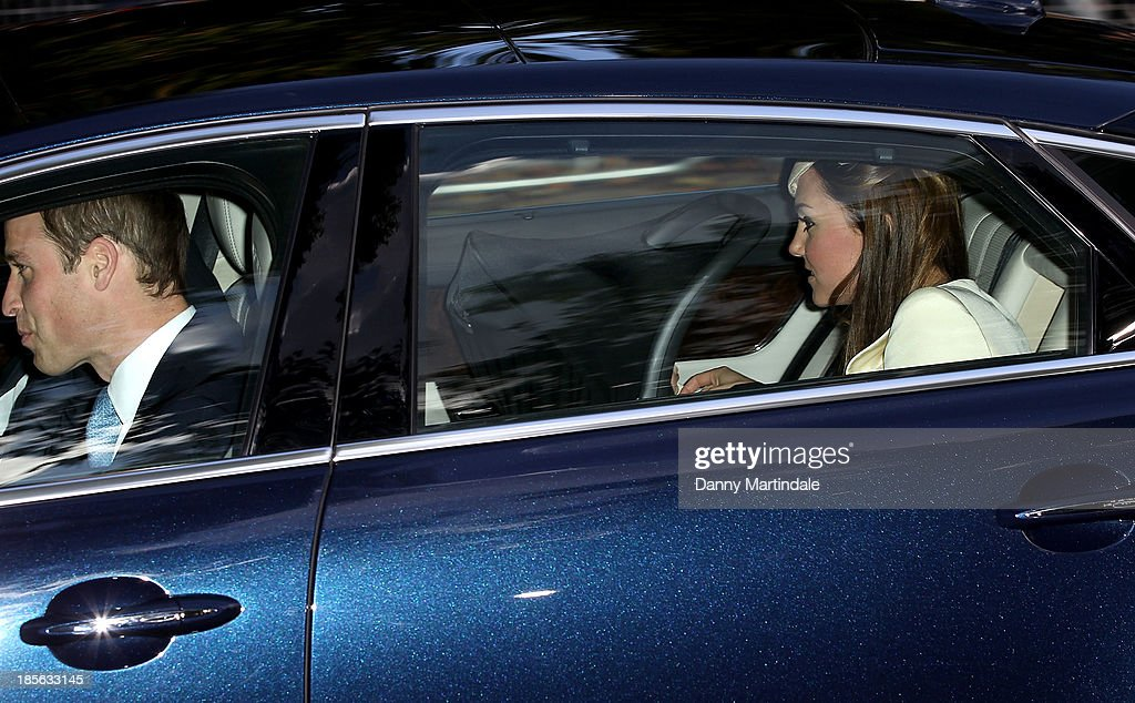 <a gi-track='captionPersonalityLinkClicked' href=/galleries/search?phrase=Catherine+-+Duchess+of+Cambridge&family=editorial&specificpeople=542588 ng-click='$event.stopPropagation()'>Catherine</a>, Duchess of Cambridge and Prince William, Duke of Cambridge arrive for Prince George's christening at St James' Palace on October 23, 2013 in London, England.