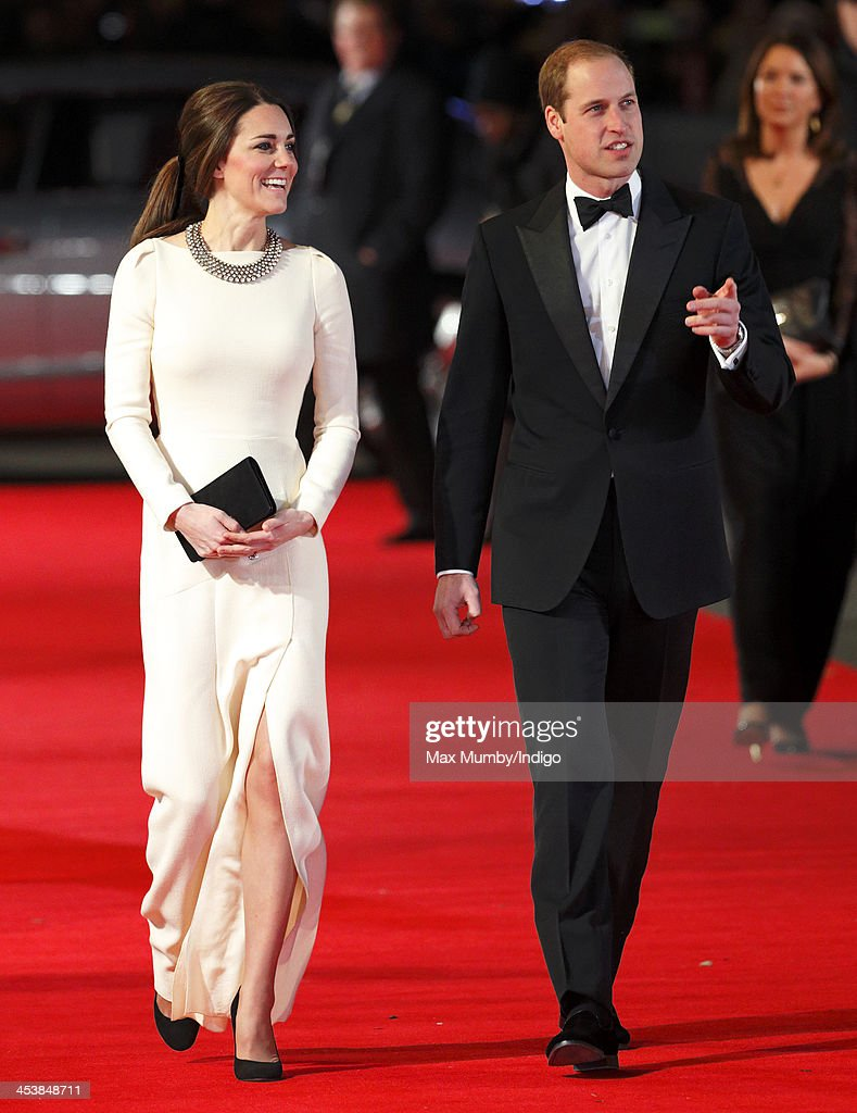 <a gi-track='captionPersonalityLinkClicked' href=/galleries/search?phrase=Catherine+-+Duchess+of+Cambridge&family=editorial&specificpeople=542588 ng-click='$event.stopPropagation()'>Catherine</a>, Duchess of Cambridge and <a gi-track='captionPersonalityLinkClicked' href=/galleries/search?phrase=Prince+William&family=editorial&specificpeople=178205 ng-click='$event.stopPropagation()'>Prince William</a>, Duke of Cambridge attend the Royal film performance of 'Mandela: Long Walk to Freedom' at Odeon Leicester Square on December 5, 2013 in London, England.