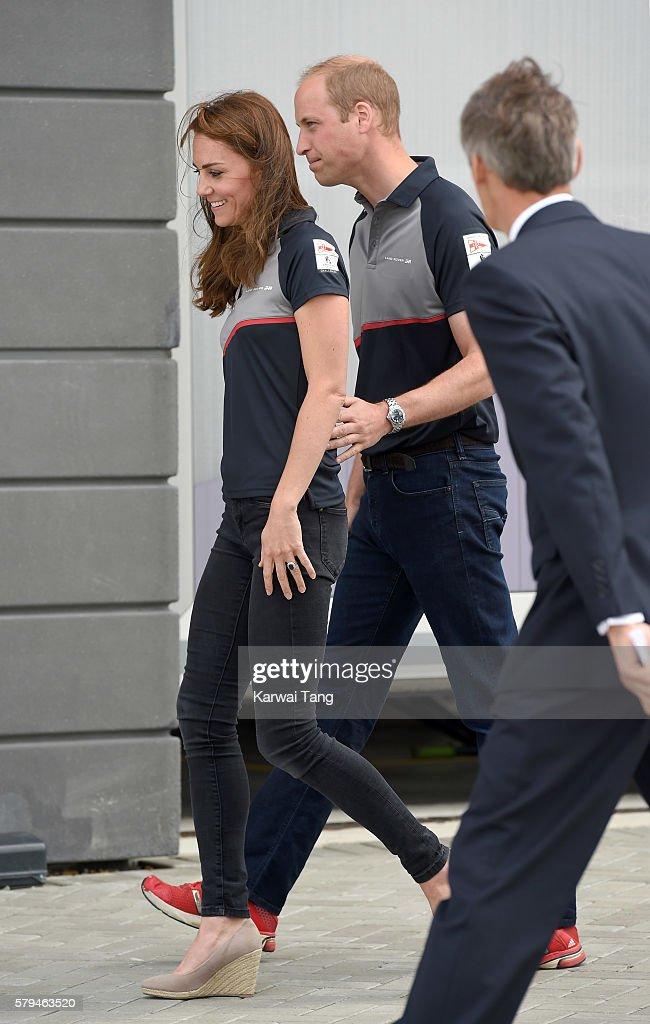 catherine-duchess-of-cambridge-and-prince-william-duke-of-cambridge-picture-id579463520