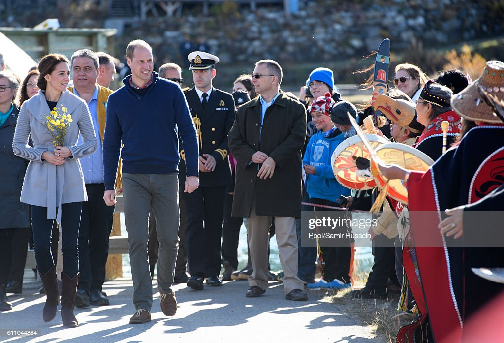 Catherine, Duchess of Cambridge and Prince William, Duke of Cambridge visit Montana mountain Carcross on September 28, 2016 in Whitehorse, Canada.