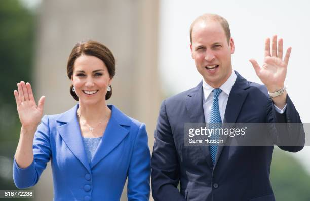 Catherine Duchess of Cambridge and Prince William Duke of Cambridge visit the Brandenburg Gate during an official visit to Poland and Germany on July...