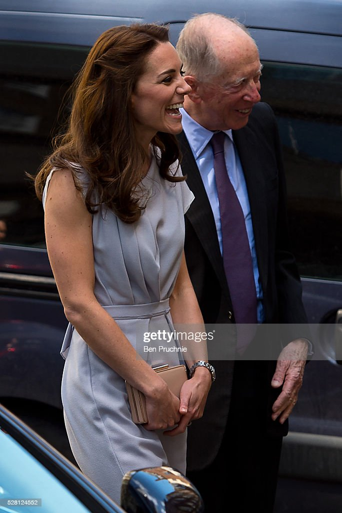 <a gi-track='captionPersonalityLinkClicked' href=/galleries/search?phrase=Catherine+-+Duchesse+de+Cambridge&family=editorial&specificpeople=542588 ng-click='$event.stopPropagation()'>Catherine</a>, Duchess of Cambridge arrives at the Anna Freud Centre on May 4, 2016 in London, England.