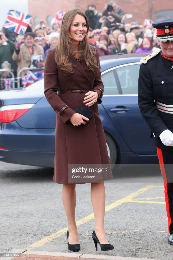 <a gi-track='captionPersonalityLinkClicked' href=/galleries/search?phrase=Catherine+-+Duchesse+de+Cambridge&family=editorial&specificpeople=542588 ng-click='$event.stopPropagation()'>Catherine</a>, Duchess of Cambridge arrives at the National Fishing Heritage Centre on March 5, 2013 in Grimsby, England. The pregnant Duchess of Cambridge is spending the day visiting Grimsby in the North East of England.