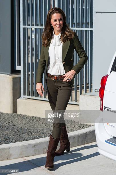 Catherine Duchess of Cambridge arrives to officially open the new Haida Gwaii Hospital on September 30 2016 in Haida Gwaii Canada Prince William Duke...
