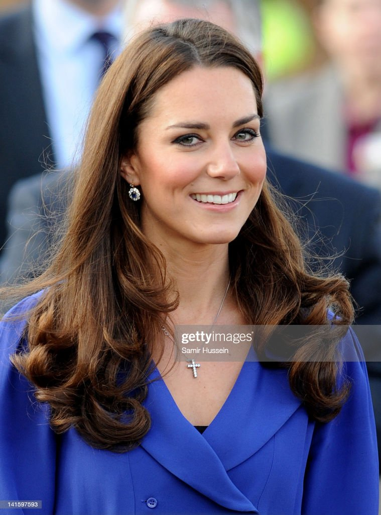 <a gi-track='captionPersonalityLinkClicked' href=/galleries/search?phrase=Catherine+-+Duchess+of+Cambridge&family=editorial&specificpeople=542588 ng-click='$event.stopPropagation()'>Catherine</a>, Duchess of Cambridge arrives to officially open The Treehouse Children's Hospice on March 19, 2012 in Ipswich, England.