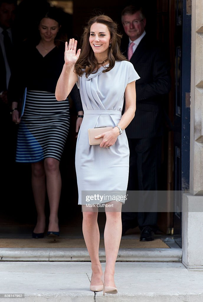 <a gi-track='captionPersonalityLinkClicked' href=/galleries/search?phrase=Catherine+-+Duchesse+de+Cambridge&family=editorial&specificpeople=542588 ng-click='$event.stopPropagation()'>Catherine</a>, Duchess of Cambridge attends a lunch in aid of The Anna Freud Centre on May 4, 2016 in London, England.