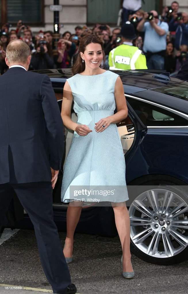 Catherine, Duchess of Cambridge attends an evening reception to celebrate the work of The Art Room charity at The National Portrait Gallery on April 24, 2013 in London, England.