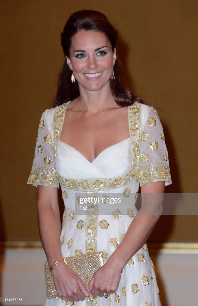 <a gi-track='captionPersonalityLinkClicked' href=/galleries/search?phrase=Catherine+-+Duchess+of+Cambridge&family=editorial&specificpeople=542588 ng-click='$event.stopPropagation()'>Catherine</a>, Duchess of Cambridge attends an official dinner hosted by Malaysia's Head of State Sultan Abdul Halim Mu'adzam Shah of Kedah on Day 3 of Prince William, Duke of Cambridge and <a gi-track='captionPersonalityLinkClicked' href=/galleries/search?phrase=Catherine+-+Duchess+of+Cambridge&family=editorial&specificpeople=542588 ng-click='$event.stopPropagation()'>Catherine</a>, Duchess of Cambridge's Diamond Jubilee Tour of South East Asia at the Istana Negara on September 13, 2012 in Kuala Lumpur, Malaysia. Prince William, Duke of Cambridge and <a gi-track='captionPersonalityLinkClicked' href=/galleries/search?phrase=Catherine+-+Duchess+of+Cambridge&family=editorial&specificpeople=542588 ng-click='$event.stopPropagation()'>Catherine</a>, Duchess of Cambridge are on a Diamond Jubilee Tour of South East Asia and the South Pacific taking in Singapore, Malaysia, Solomon Islands and Tuvalu.