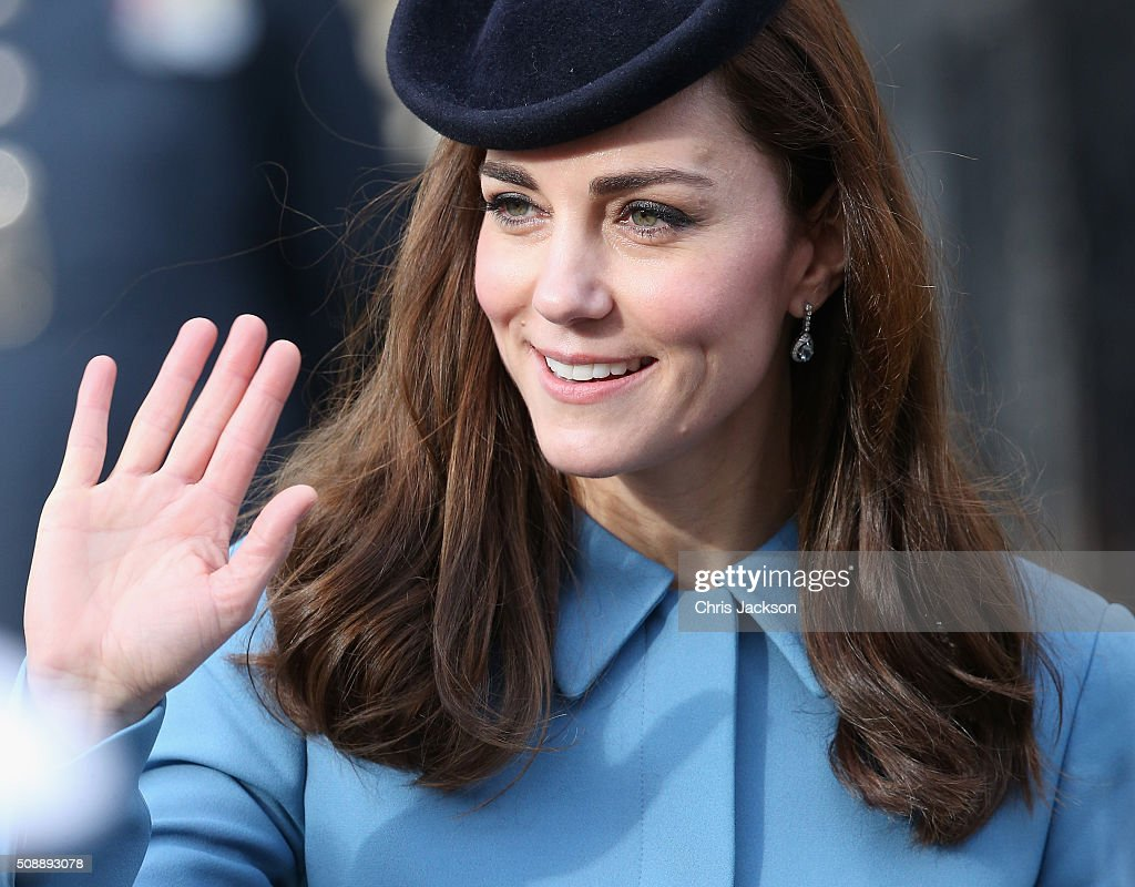 <a gi-track='captionPersonalityLinkClicked' href=/galleries/search?phrase=Catherine+-+Herzogin+von+Cambridge&family=editorial&specificpeople=542588 ng-click='$event.stopPropagation()'>Catherine</a>, Duchess of Cambridge attends the 75th Anniversary of the RAF Air Cadets at St Clement Danes Church on February 7, 2016 in London, England.