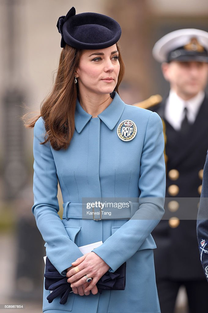 <a gi-track='captionPersonalityLinkClicked' href=/galleries/search?phrase=Catherine+-+Duchessa+di+Cambridge&family=editorial&specificpeople=542588 ng-click='$event.stopPropagation()'>Catherine</a>, Duchess of Cambridge attends the 75th anniversary of the RAF Air Cadets at St Clement Danes Church on February 7, 2016 in London, England.