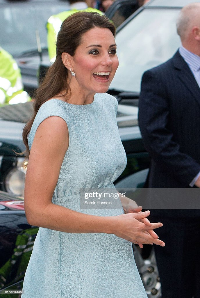 <a gi-track='captionPersonalityLinkClicked' href=/galleries/search?phrase=Catherine+-+Duchess+of+Cambridge&family=editorial&specificpeople=542588 ng-click='$event.stopPropagation()'>Catherine</a>, Duchess of Cambridge attends The Art Room Reception at the National Portrait Gallery on April 24, 2013 in London, England.