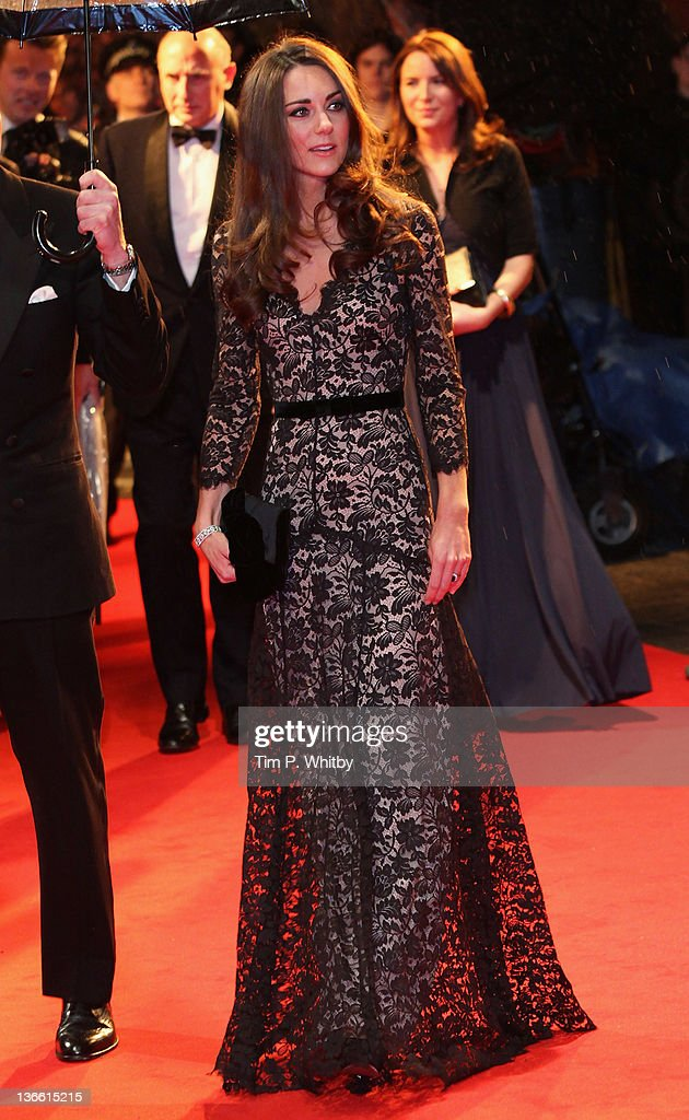 <a gi-track='captionPersonalityLinkClicked' href=/galleries/search?phrase=Catherine+-+Duchess+of+Cambridge&family=editorial&specificpeople=542588 ng-click='$event.stopPropagation()'>Catherine</a>, Duchess of Cambridge attends the UK premiere of War Horse at Odeon Leicester Square on January 8, 2012 in London, England.