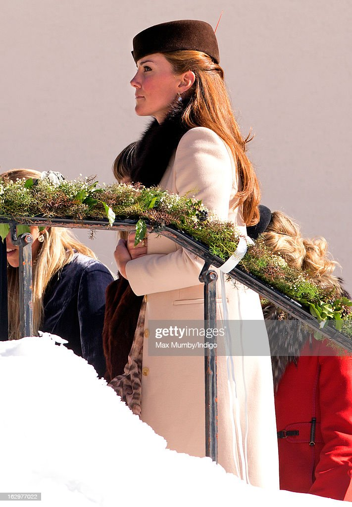 <a gi-track='captionPersonalityLinkClicked' href=/galleries/search?phrase=Catherine+-+Duchessa+di+Cambridge&family=editorial&specificpeople=542588 ng-click='$event.stopPropagation()'>Catherine</a>, Duchess of Cambridge attends the wedding of Laura Bechtolsheimer and Mark Tomlinson at the Protestant Church on March 2, 2013 in Arosa, Switzerland.