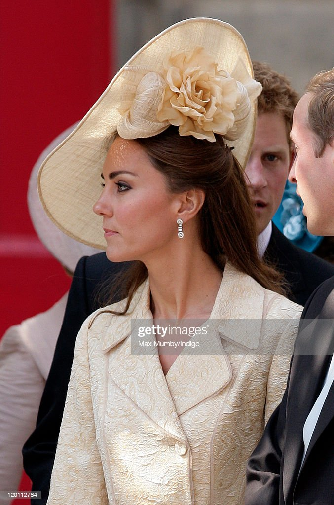 Catherine Duchess of Cambridge attends the wedding of Zara Phillips and Mike Tindall at Canongate Kirk on July 30 2011 in Edinburgh Scotland The...