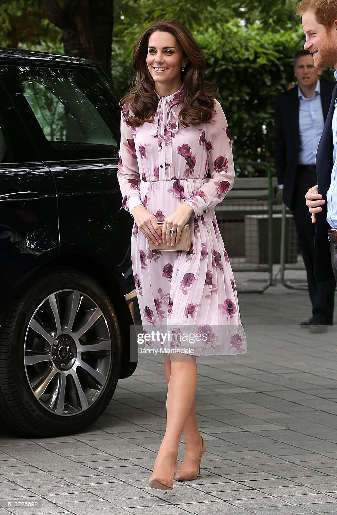 catherine-duchess-of-cambridge-celebrates-world-mental-health-day-picture-id613725692