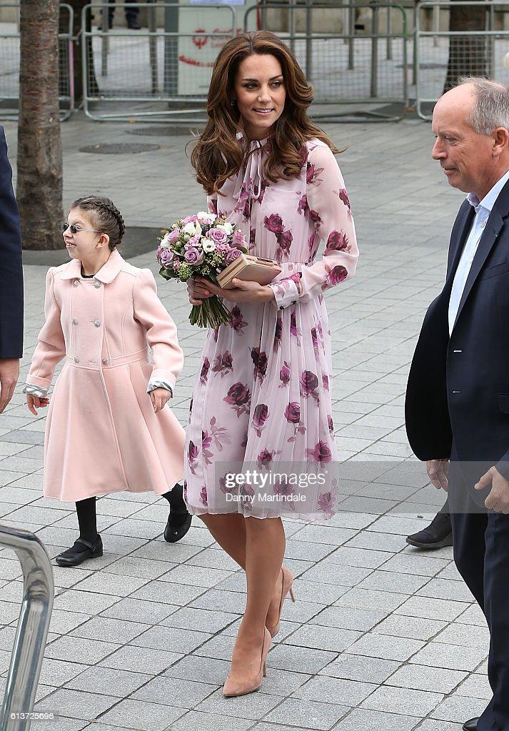 catherine-duchess-of-cambridge-celebrates-world-mental-health-day-picture-id613725696