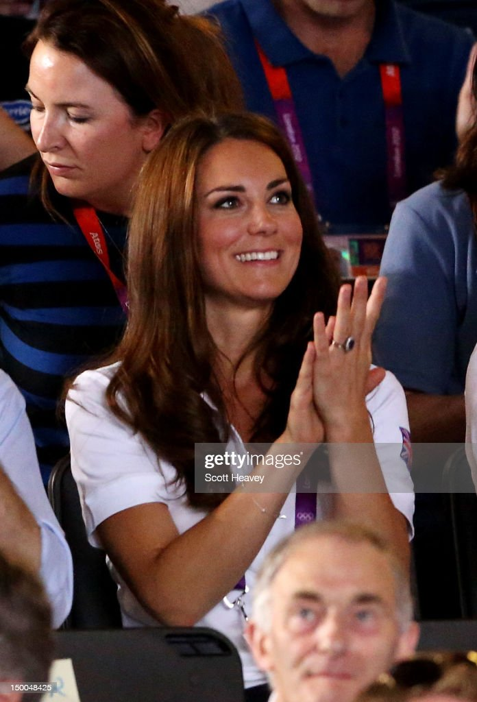 <a gi-track='captionPersonalityLinkClicked' href=/galleries/search?phrase=Catherine+-+Duchesse+de+Cambridge&family=editorial&specificpeople=542588 ng-click='$event.stopPropagation()'>Catherine</a>, Duchess of Cambridge, claps as Nicola Adams of Great Britain competes against Cancan Ren of China during the Women's Fly (51kg) Boxing final bout on Day 13 of the London 2012 Olympic Games at ExCeL on August 9, 2012 in London, England.