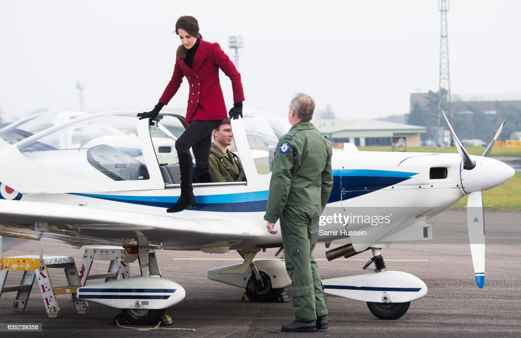 catherine-duchess-of-cambridge-climbes-out-of-a-plane-during-a-visit-picture-id635239356
