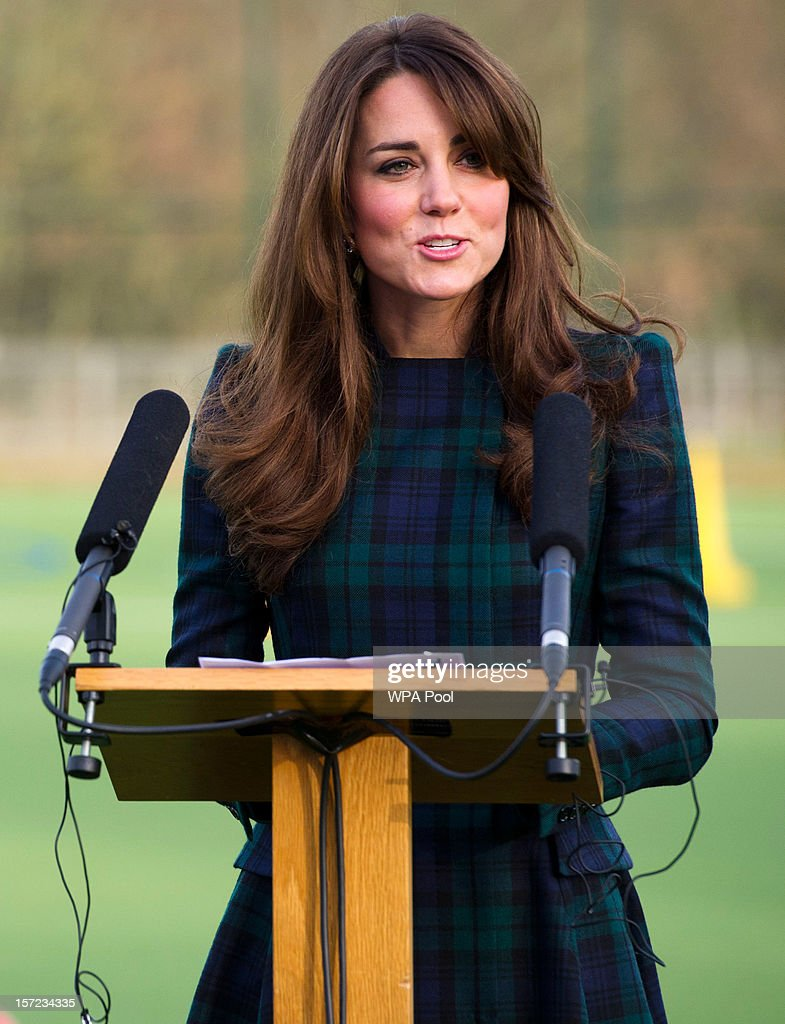 <a gi-track='captionPersonalityLinkClicked' href=/galleries/search?phrase=Catherine+-+Hertiginna+av+Cambridge&family=editorial&specificpeople=542588 ng-click='$event.stopPropagation()'>Catherine</a>, Duchess of Cambridge delivers a speech during her visit to St Andrew's School on November 30, 2012 in Pangbourne, Berkshire, England. The Duchess visited the Pre-Prep School for under-5s, unveiled a plaque to officially open a new artificial turf playing field and met members of the school's hockey team, which she played for during her time as a pupil at the school (1986-1995). The Duchess also toured the school privately and watched the school's Progressive Games which are traditional games played indoors by teachers and students as part of activities to mark St Andrew's Day.