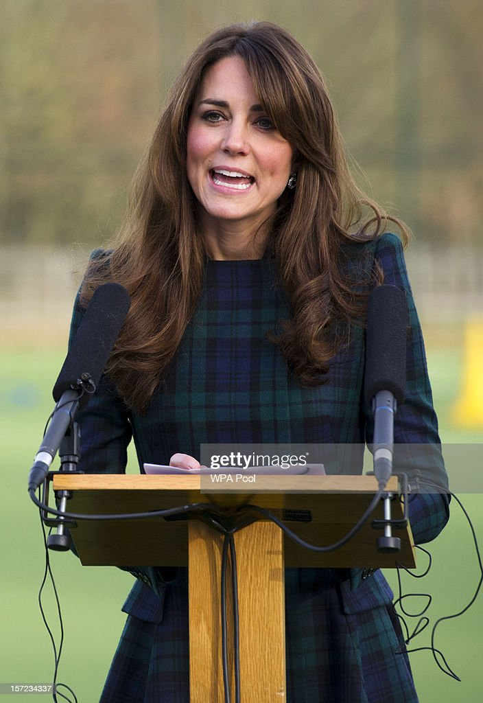 <a gi-track='captionPersonalityLinkClicked' href=/galleries/search?phrase=Catherine+-+Duchesse+de+Cambridge&family=editorial&specificpeople=542588 ng-click='$event.stopPropagation()'>Catherine</a>, Duchess of Cambridge delivers a speech during her visit to St Andrew's School on November 30, 2012 in Pangbourne, Berkshire, England. The Duchess visited the Pre-Prep School for under-5s, unveiled a plaque to officially open a new artificial turf playing field and met members of the school's hockey team, which she played for during her time as a pupil at the school (1986-1995). The Duchess also toured the school privately and watched the school's Progressive Games which are traditional games played indoors by teachers and students as part of activities to mark St Andrew's Day.