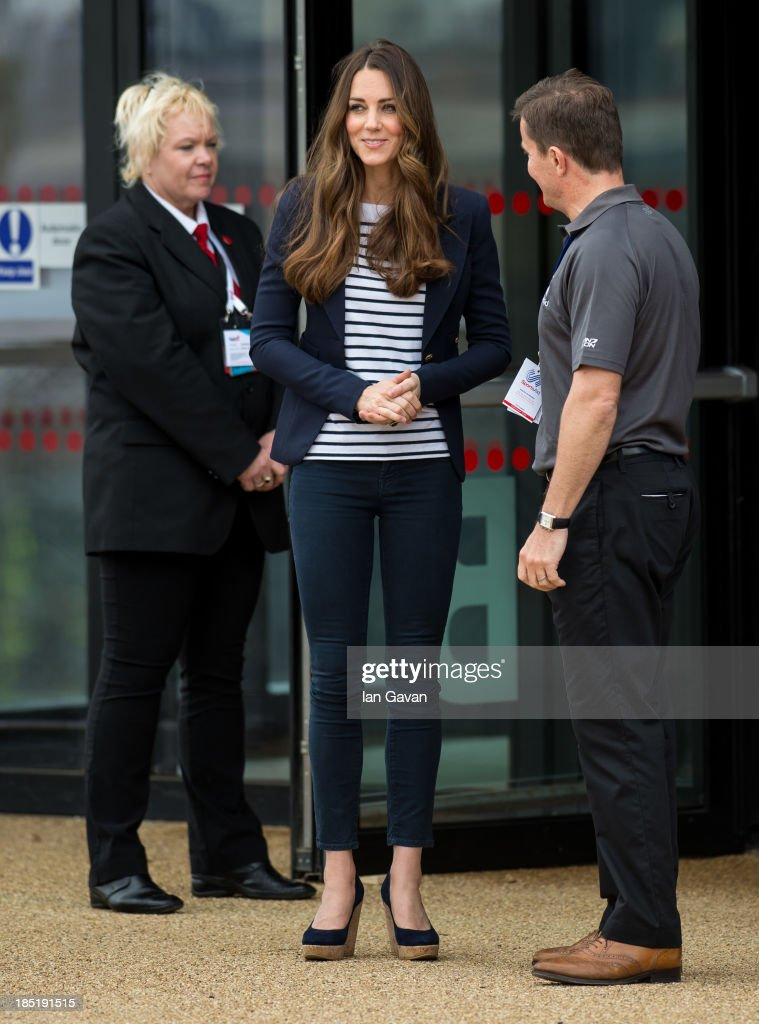<a gi-track='captionPersonalityLinkClicked' href=/galleries/search?phrase=Catherine+-+Duchess+of+Cambridge&family=editorial&specificpeople=542588 ng-click='$event.stopPropagation()'>Catherine</a>, Duchess of Cambridge departs after attending a Sportaid Athlete Workshop at Queen Elizabeth Olympic Park on October 18, 2013 in London, England.