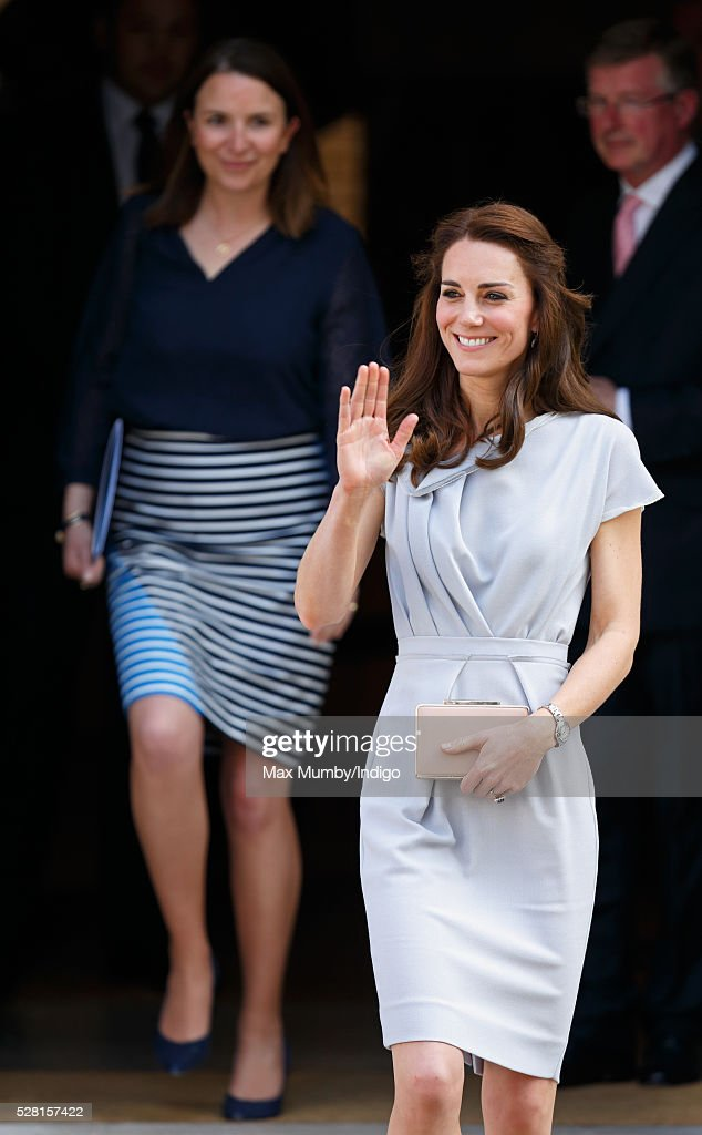 <a gi-track='captionPersonalityLinkClicked' href=/galleries/search?phrase=Catherine+-+Duchess+of+Cambridge&family=editorial&specificpeople=542588 ng-click='$event.stopPropagation()'>Catherine</a>, Duchess of Cambridge (followed by her Private Secretary Rebecca Deacon) departs Spencer House after attending a lunch in aid of The Anna Freud Centre on May 4, 2016 in London, England.