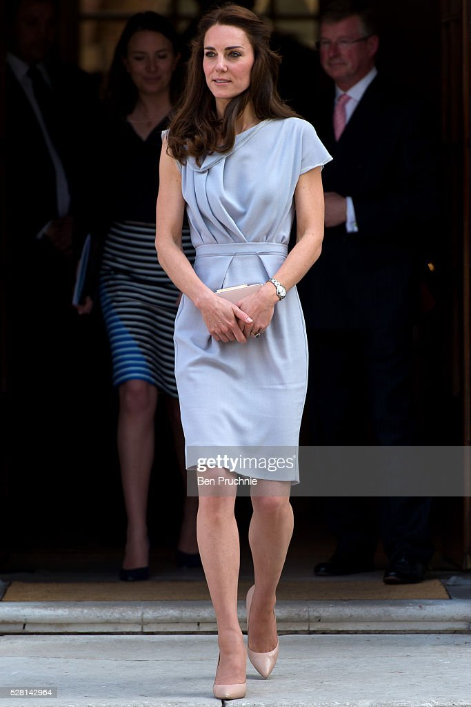 <a gi-track='captionPersonalityLinkClicked' href=/galleries/search?phrase=Catherine+-+Duchess+of+Cambridge&family=editorial&specificpeople=542588 ng-click='$event.stopPropagation()'>Catherine</a>, Duchess of Cambridge departs the Anna Freud Centre on May 4, 2016 in London, England.