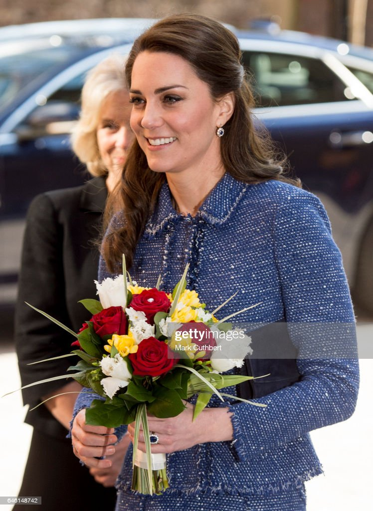 catherine-duchess-of-cambridge-during-a-visit-to-open-ronald-mcdonald-picture-id646148742
