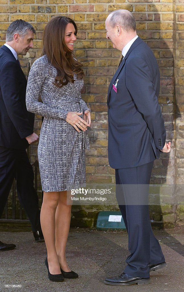 <a gi-track='captionPersonalityLinkClicked' href=/galleries/search?phrase=Catherine+-+Hertiginna+av+Cambridge&family=editorial&specificpeople=542588 ng-click='$event.stopPropagation()'>Catherine</a>, Duchess of Cambridge, in her role as Patron of Action on Addiction, is greeted by Nick Barton (Chief Executive of Action on Addiction) as she arrives for a visit to Hope House, a residential treatment centre, on February 19, 2013 in London, England.
