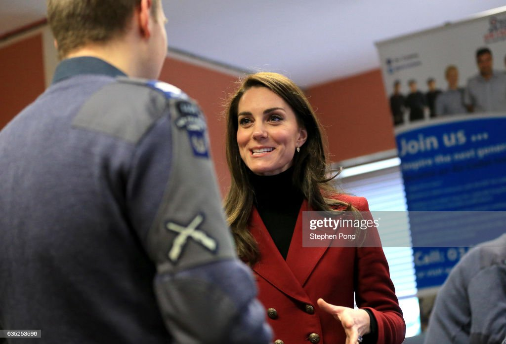 catherine-duchess-of-cambridge-is-shown-a-flight-simulator-as-she-picture-id635253596