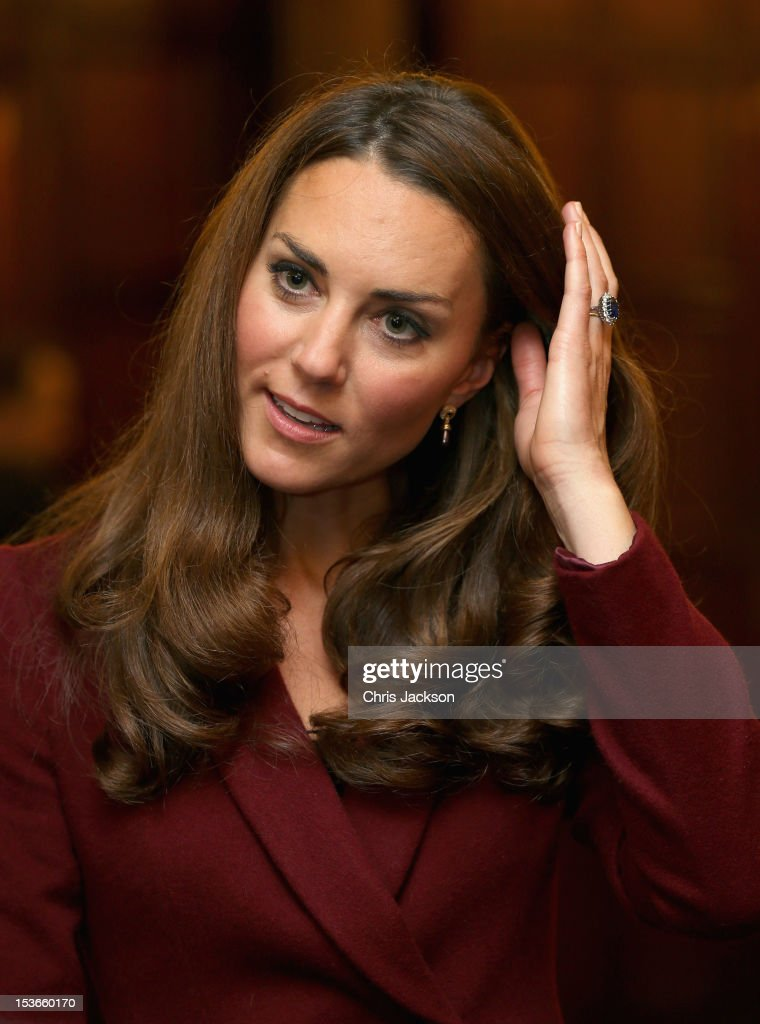 <a gi-track='captionPersonalityLinkClicked' href=/galleries/search?phrase=Catherine+-+Duchess+of+Cambridge&family=editorial&specificpeople=542588 ng-click='$event.stopPropagation()'>Catherine</a>, Duchess of Cambridge laughs as she visits Middle Temple on October 8, 2012 in London, England. The Duke of Cambridge, Master of the Bench, and The Duchess of Cambridge met recipients of the Queen Mother Scholarship, the Diana, Princess of Wales Scholarship and the Duke and Duchess of Cambridge Scholarships at Middle Temple Inn, London.