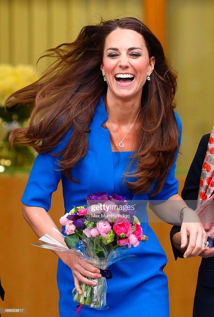 <a gi-track='captionPersonalityLinkClicked' href=/galleries/search?phrase=Catherine+-+Duchess+of+Cambridge&family=editorial&specificpeople=542588 ng-click='$event.stopPropagation()'>Catherine</a>, Duchess of Cambridge leaves Northolt High School after officially opening The ICAP Art Room on February 14, 2014 in Ealing, England.