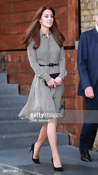 Catherine Duchess of Cambridge leaves the Anna Freud Centre on September 17 2015 in London England The visit was for the Duchess to see how the...