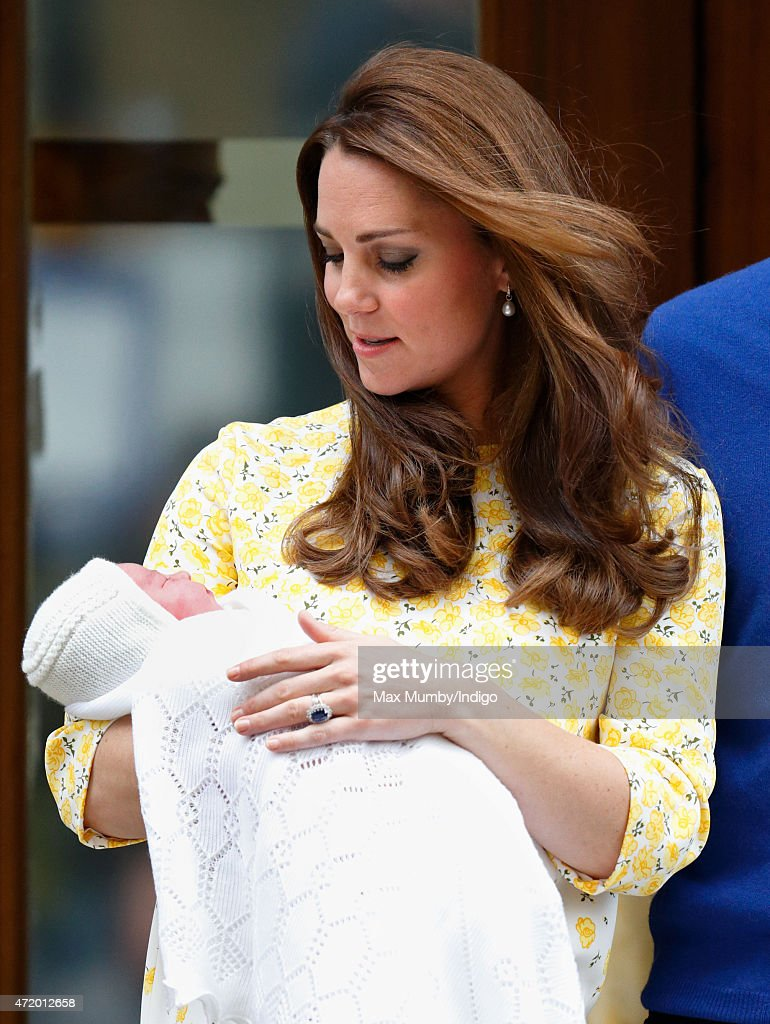 Catherine, Duchess of Cambridge leaves the Lindo Wing with her newborn daughter at St Mary's Hospital on May 2, 2015 in London, England. The Duchess safely delivered a daughter at 8:34am this morning, weighing 8lbs 3 oz who will be fourth in line to the throne.