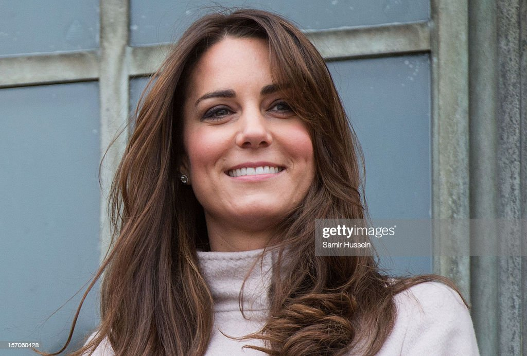 <a gi-track='captionPersonalityLinkClicked' href=/galleries/search?phrase=Catherine+-+Duchess+of+Cambridge&family=editorial&specificpeople=542588 ng-click='$event.stopPropagation()'>Catherine</a>, Duchess of Cambridge makes an official visit to the Guildhall with Prince William, Duke of Cambridge on November 28, 2012 in Cambridge, England.
