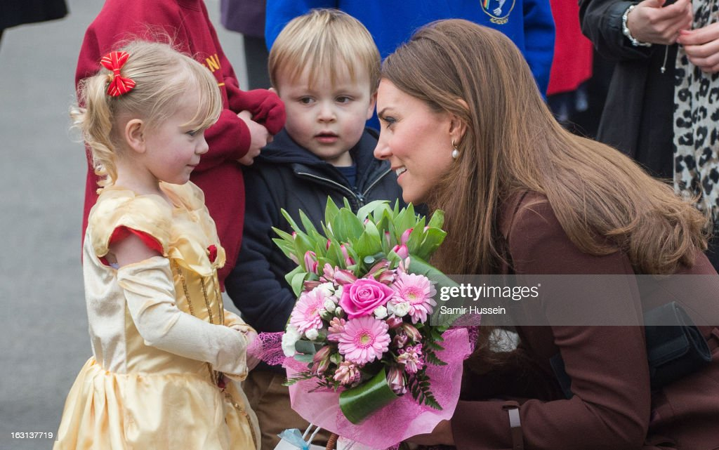 <a gi-track='captionPersonalityLinkClicked' href=/galleries/search?phrase=Catherine+-+Duchess+of+Cambridge&family=editorial&specificpeople=542588 ng-click='$event.stopPropagation()'>Catherine</a>, Duchess of Cambridge meets children as she visits Humberside Fire and Rescue during an official visit to Grimsby on March 5, 2013 in Grimsby, England.