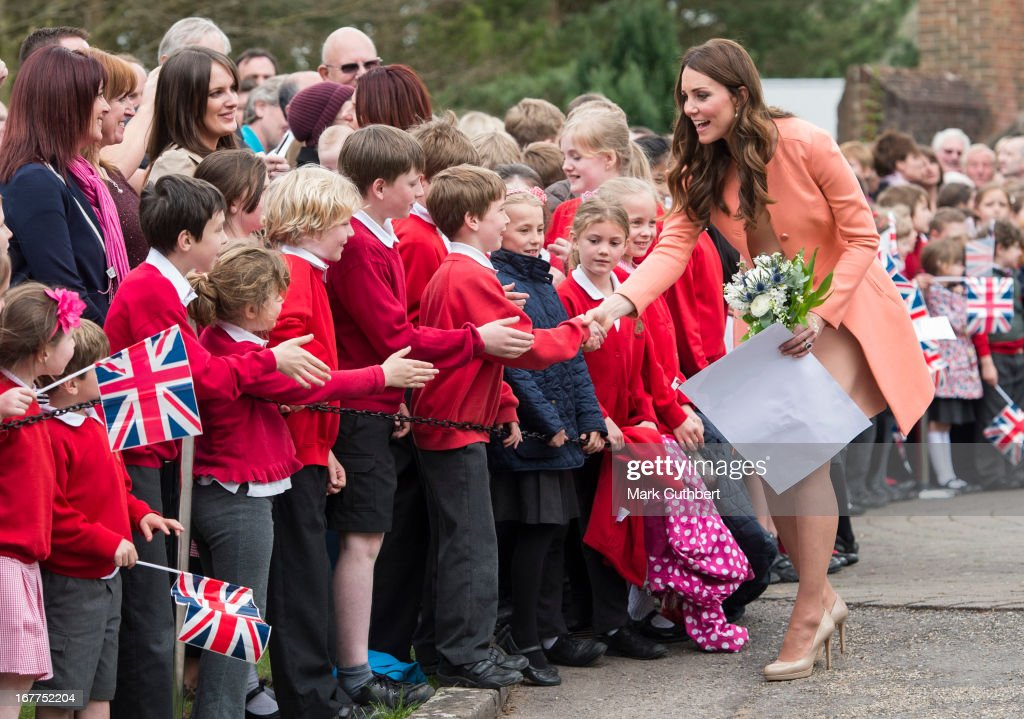 <a gi-track='captionPersonalityLinkClicked' href=/galleries/search?phrase=Catherine+-+Duchess+of+Cambridge&family=editorial&specificpeople=542588 ng-click='$event.stopPropagation()'>Catherine</a>, Duchess of Cambridge meets local school children as she leaves Naomi House on April 29, 2013 near Winchester, England.