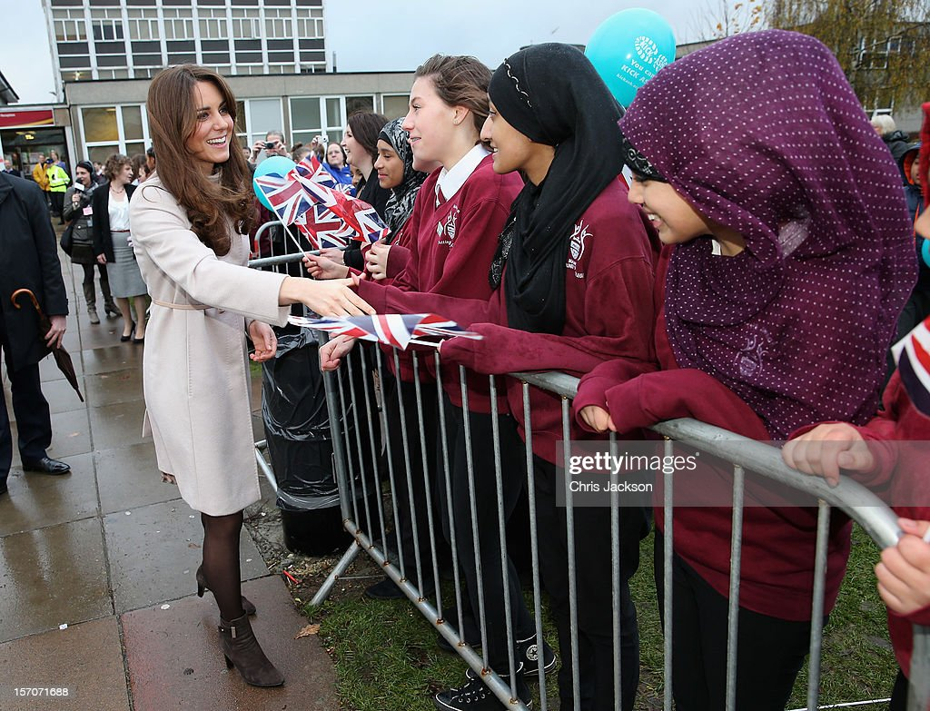 <a gi-track='captionPersonalityLinkClicked' href=/galleries/search?phrase=Catherine+-+Duchess+of+Cambridge&family=editorial&specificpeople=542588 ng-click='$event.stopPropagation()'>Catherine</a>, Duchess of Cambridge meets pupils as she visits Manor School as she pays an official visit to Cambridge with Prince William, Duke of Cambridge on November 28, 2012 in Cambridge, United Kingdom.