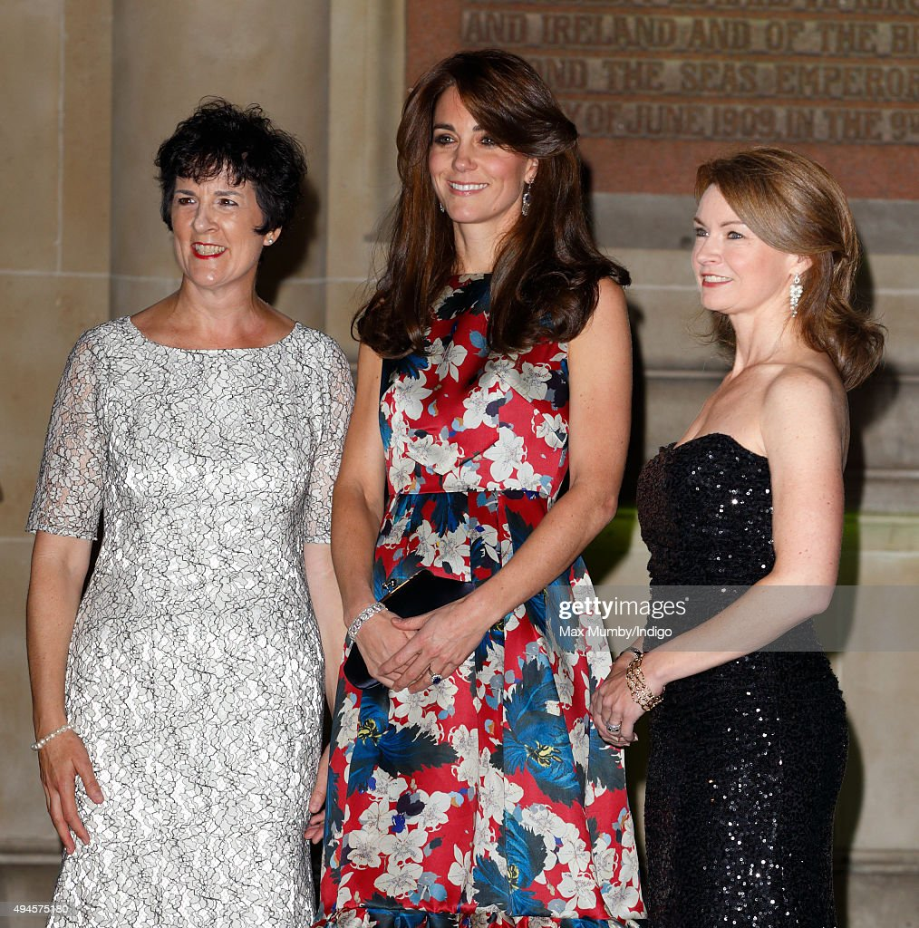 Catherine, Duchess of Cambridge poses with (L) Amanda Pullinger (CEO) and (R) Mimi Drake (Chairwoman) as she attends the 100 Women In Hedge Funds Gala Dinner in aid of The Art Room at the Victoria and Albert Museum on October 27, 2015 in London, England.