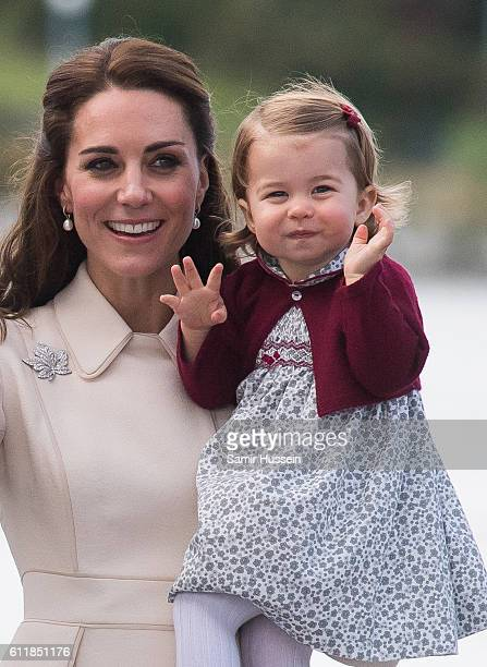 Catherine Duchess of Cambridge Princess Charlotte of Cambridge depart Victoria on October 1 2016 in Victoria Canada