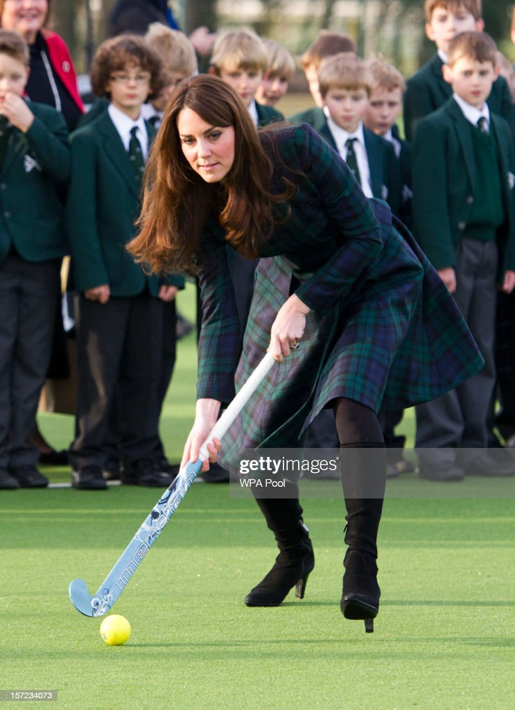 <a gi-track='captionPersonalityLinkClicked' href=/galleries/search?phrase=Catherine+-+Duchesse+de+Cambridge&family=editorial&specificpeople=542588 ng-click='$event.stopPropagation()'>Catherine</a>, Duchess of Cambridge takes part in a day of activities and festivities to mark the occasion of St Andrew's Day at St Andrew's School on November 30, 2012 in Pangbourne, Berkshire, England. The Duchess visited the Pre-Prep School for under-5s, unveiled a plaque to officially open a new artificial turf playing field and met members of the school's hockey team, which she played for during her time as a pupil at the school (1986-1995). The Duchess also toured the school privately and watched the school's Progressive Games which are traditional games played indoors by teachers and students on St. Andrew's Day.