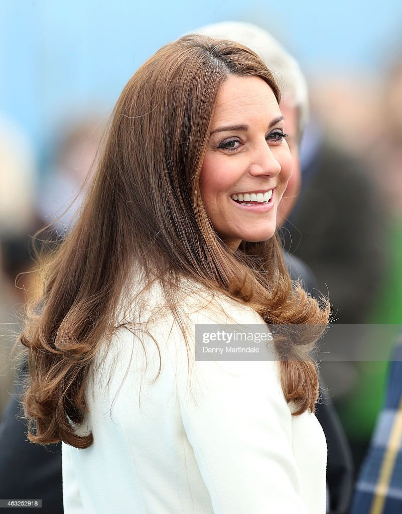 Catherine, Duchess of Cambridge visits an art project at the construction site of Ben Ainslie Racings new headquarters and Visitor Centre on February 12, 2015 in Portsmouth, England.