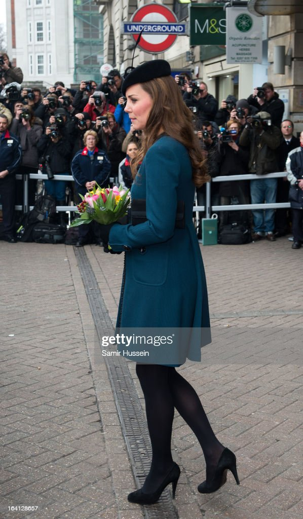 <a gi-track='captionPersonalityLinkClicked' href=/galleries/search?phrase=Catherine+-+Duchess+of+Cambridge&family=editorial&specificpeople=542588 ng-click='$event.stopPropagation()'>Catherine</a>, Duchess of Cambridge visits Baker Street Underground Station to celebrate the Underground's 150th Birthday on March 20, 2013 in London, England.