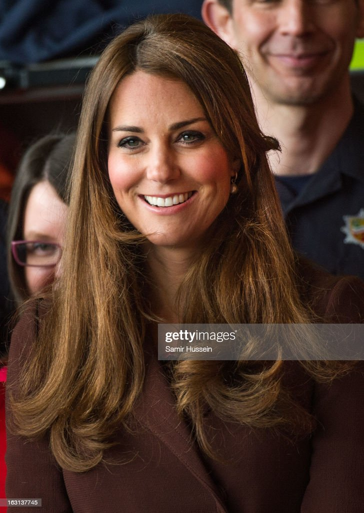 <a gi-track='captionPersonalityLinkClicked' href=/galleries/search?phrase=Catherine+-+Duchess+of+Cambridge&family=editorial&specificpeople=542588 ng-click='$event.stopPropagation()'>Catherine</a>, Duchess of Cambridge visits Humberside Fire and Rescue during an official visit to Grimsby on March 5, 2013 in Grimsby, England.